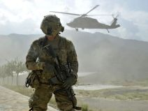 Soldier with helicopter_usatoday